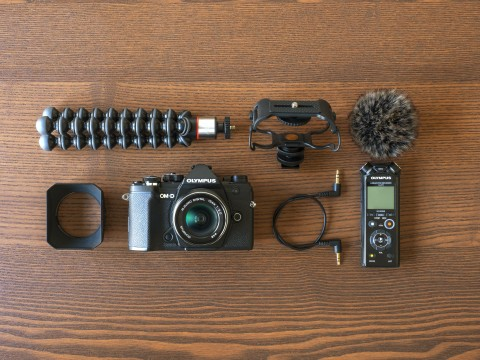 OM-D_E-M5_Mark_III_AUDIO_LS-P4_Table_Flatlay__Product_010